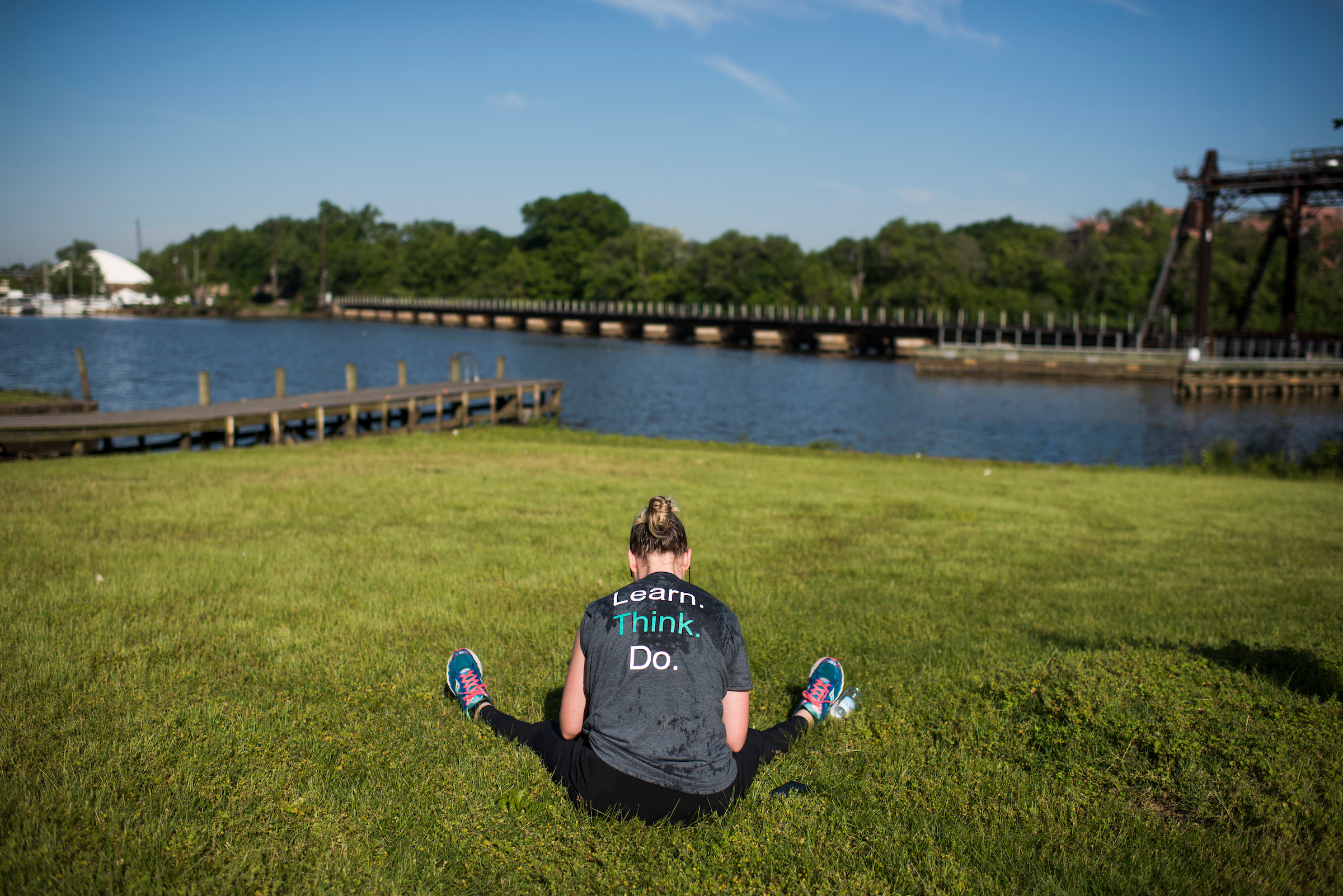 UNITED STATES - MAY 17: A runner rests after finishing the ACLI Capital Challenge 3 Mile Team Race in Anacostia Park, May 17, 2017. (Photo By Tom Williams/CQ Roll Call)