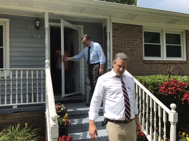 Ohio Rep. Tim Ryan knocks on doors with South Carolina Democratic candidate Archie Parnell in Rock Hill on June 17. (Simone Pathe/Roll Call)