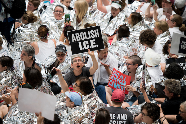 Almost 600 Arrested in DC Amid Protests of 'Zero Tolerance' Immigration Policy