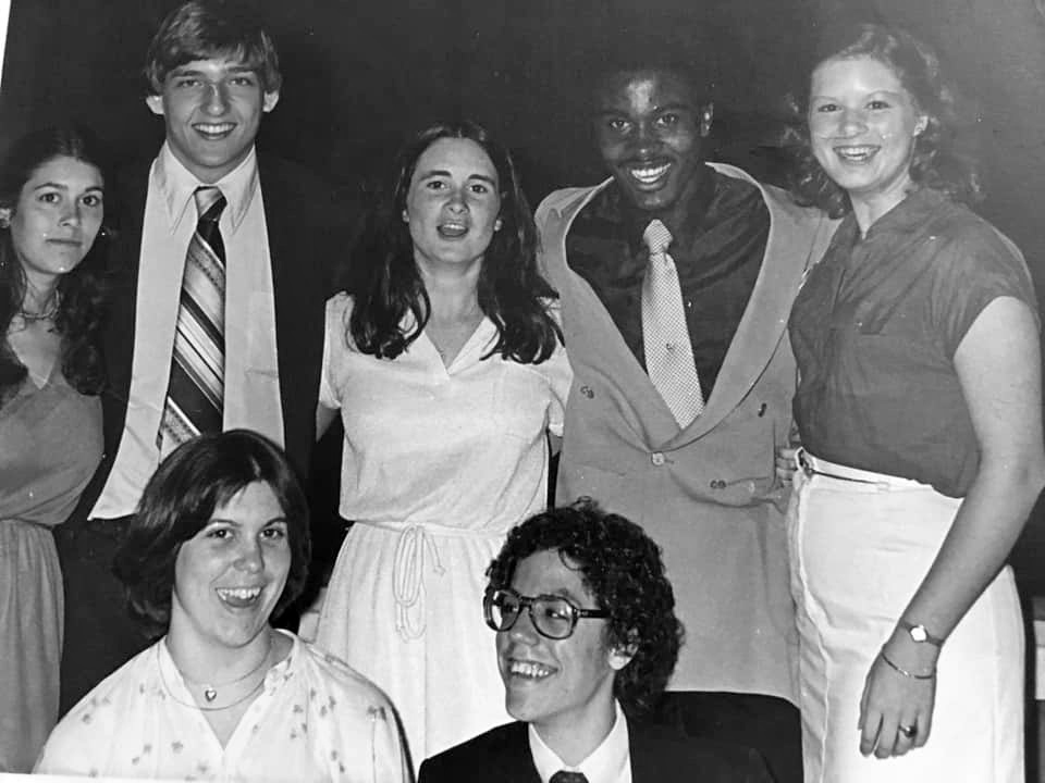 Erin Sheerin, center, poses with fellow pages on the Hill in 1979. The House would discontinue its program in 2011. (Courtesy Erin Sheerin)