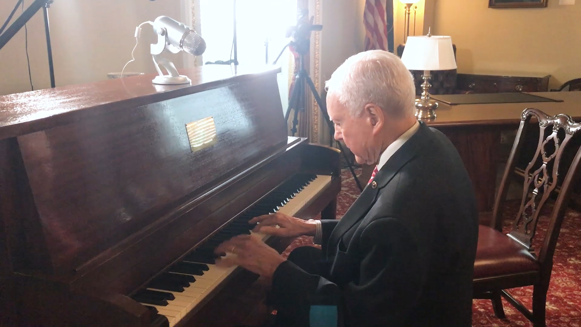Hatch and Alexander Play Piano, Discuss Songwriting Legislation
